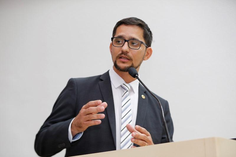 Anderson do Singeperon pede nomeação de Peritos Criminais de concurso da Sesdec