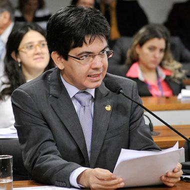 CCJ do Senado aprova fim do foro privilegiado para crimes comuns