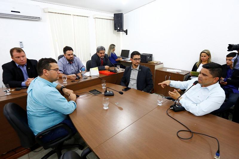 Comissão para instalação da rádio e TV Assembleia efetiva agenda de visitas