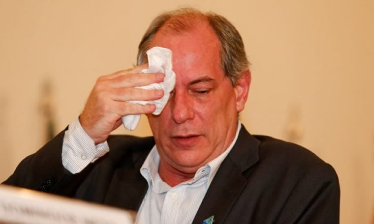 Em surto com avanço da Lava Jato, Ciro Gomes ataca Sérgio Moro e o compara à Mussolini