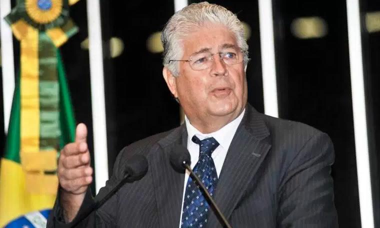 Senador Roberto Requião (PMDB-PR). Texto sobre abuso de autoridade é aprovado e vai a Plenário. (Divulgação/Divulgação)