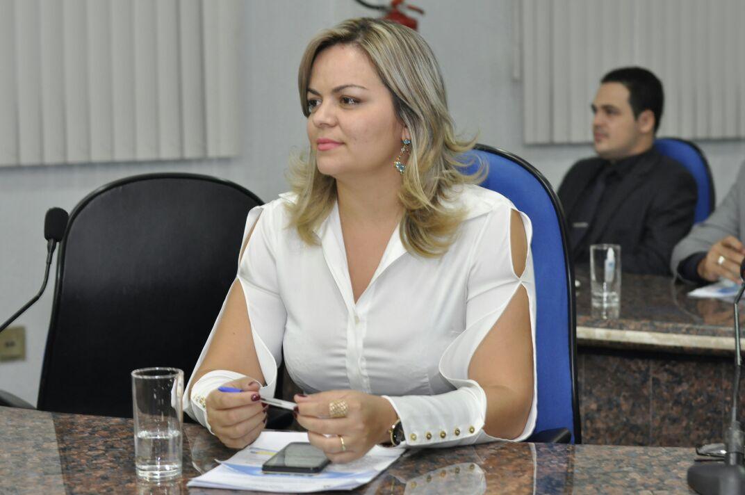 Concurso da Prefeitura – Vereadora Ada Dantas teve resposta sobre concurso da Semad