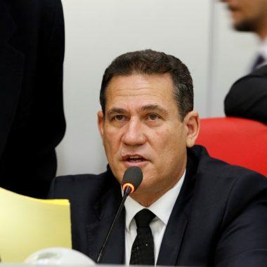 Maurão de Carvalho pede implementos agrícolas para produtores de Corumbiara