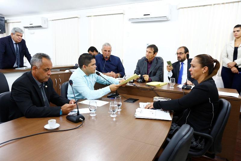 Projetos de lei tramitam pela Comissão de Constituição e Justiça