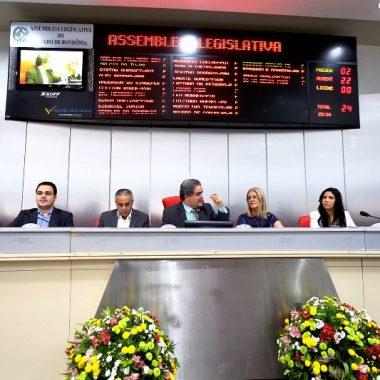 Sessão solene para homenagear escolas estaduais de Porto Velho