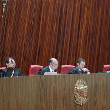 Começa quarto dia de julgamento de Dilma-Temer; acompanhe ao vivo