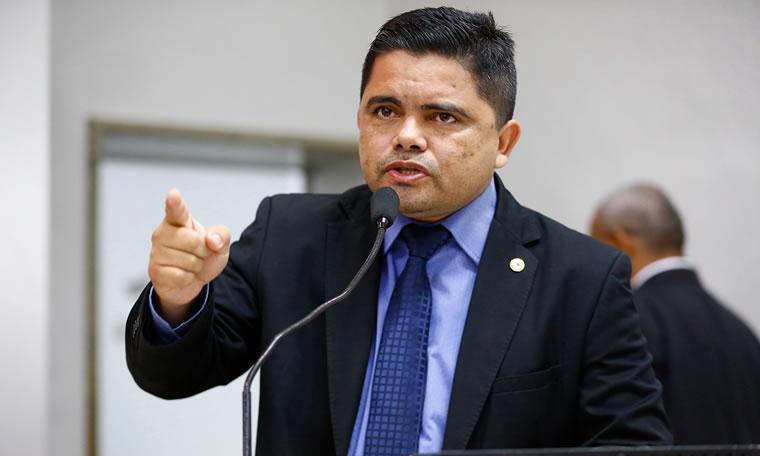 Deputado Jesuíno comenta sobre ação do MP referente à anistia de militares