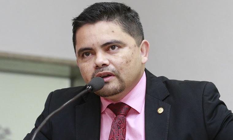 Deputado Jesuíno solicita do governo retorno do serviço de moto-resgate