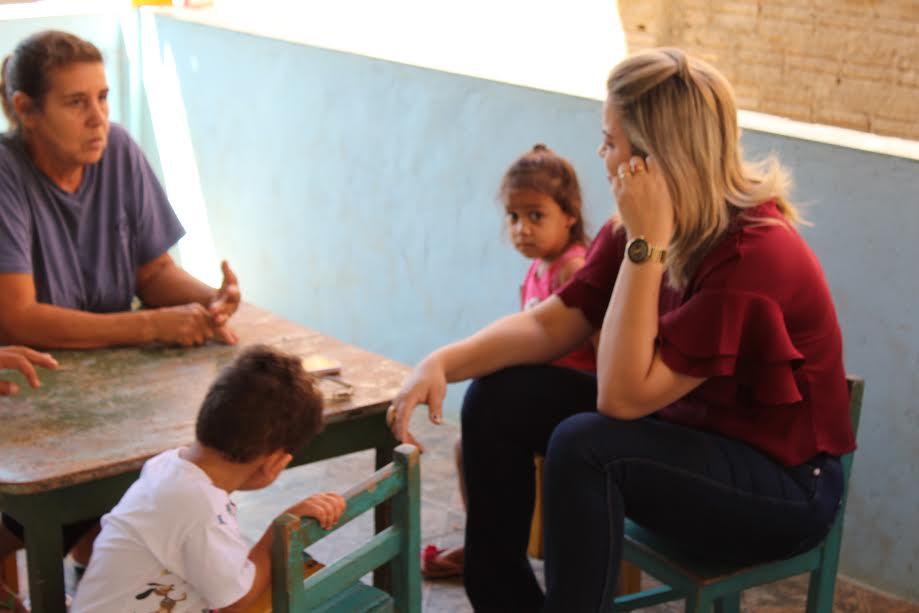 CRECHE TIA LUCIA: Vereadora Ada Dantas visitou e atenderá as demandas