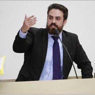 Deputado Léo Moraes pede que Delegacia da Mulher da capital funcione 24 horas