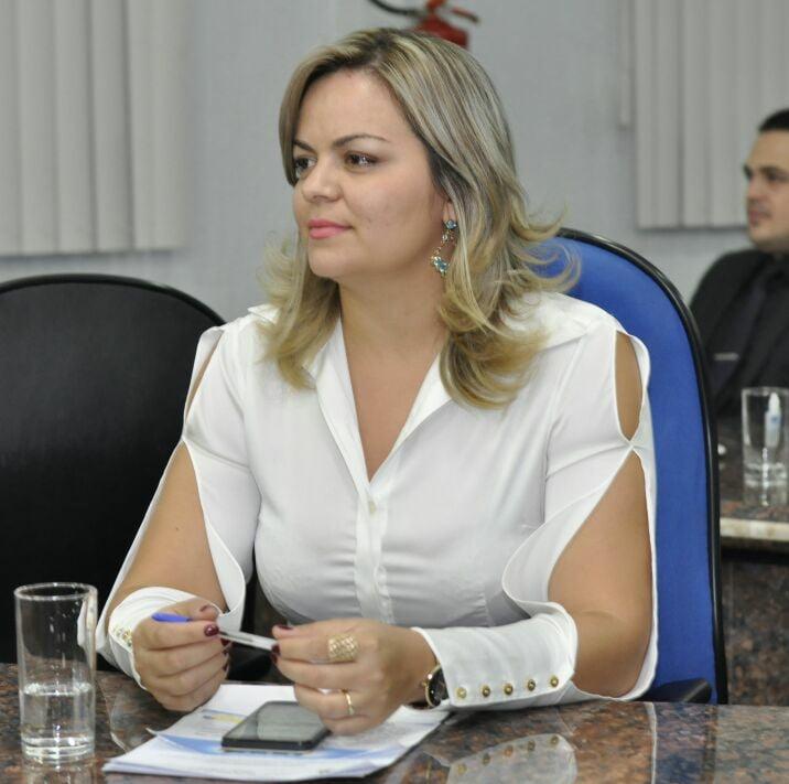 O que você tem feito para diminuir a corrupção no Brasil Por Ada Dantas Boabaid