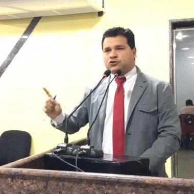 Vereador Marcelo Cruz cria lei que obriga ar-condicionados em todo transporte coletivo de Porto Velho