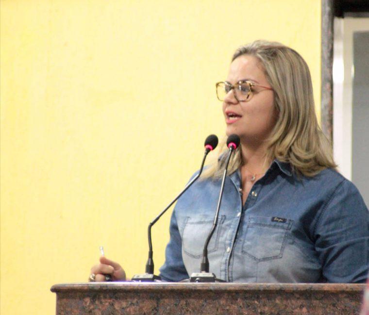 Vereadora Ada Dantas Boabaid apoia militarização das Escolas de Rondônia