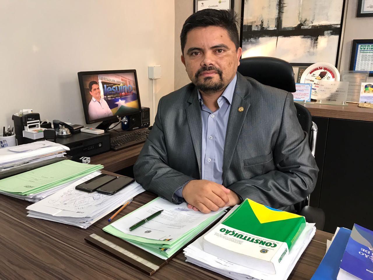 Deputado Jesuíno intervém e Governo retira de pauta projetos sobre previdência e promoção de militares