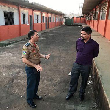Deputado Jesuíno se surpreende ao visitar a mais nova escola militarizada de Porto Velho – VÍDEO