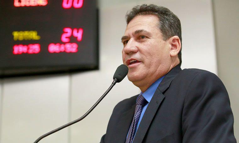 Deputado Maurão de Carvalho indica melhorias para a educação e social de Cacoal
