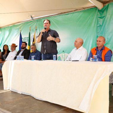 Presidente da Assembleia prestigia lançamento de 16,5 km de asfalto na Estrada da Penal