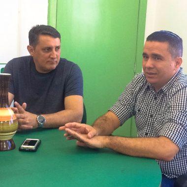 Vereador Júnior Cavalcante se reúne com secretário da Semagric