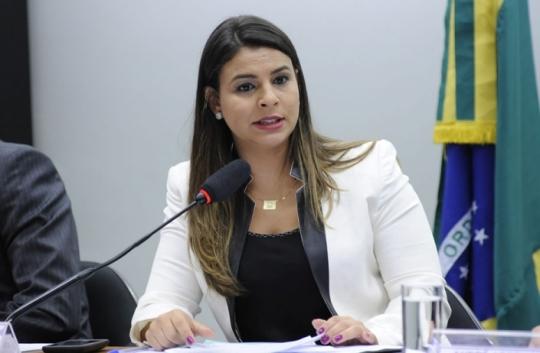 Mariana Carvalho lidera corrida sucessória para o Governo de Rondônia, aponta pesquisa