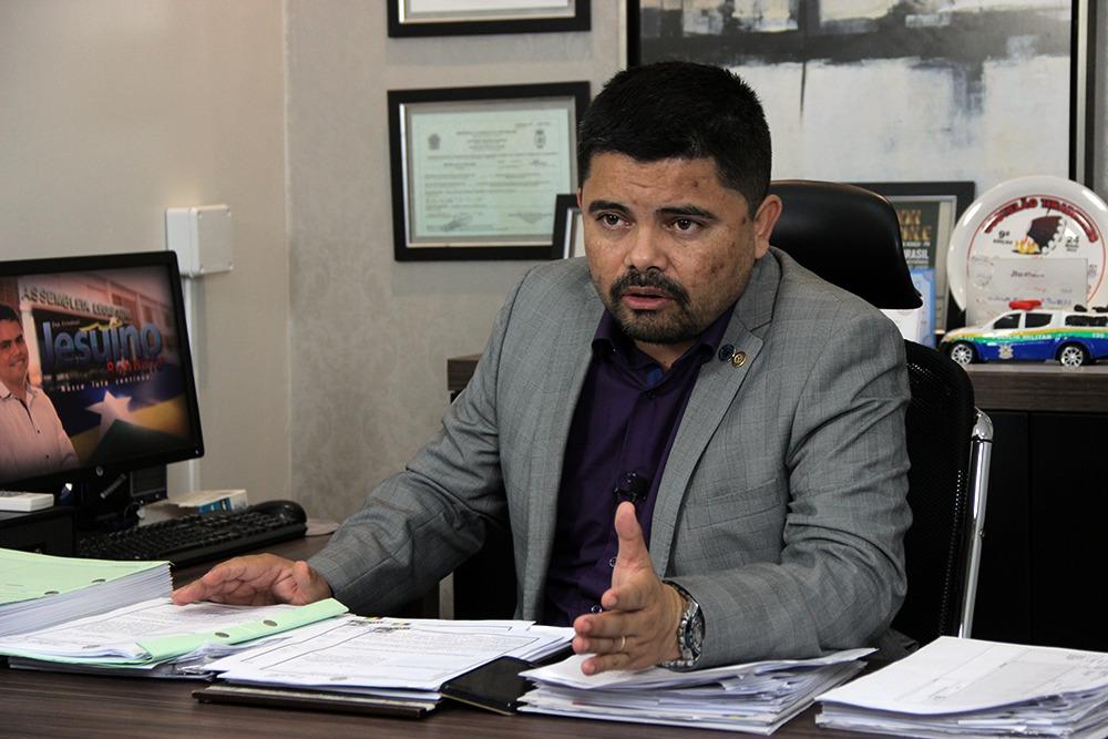 Deputado Jesuíno confirma promoção de todos soldados dos cursos de 2006 e 2007 para 2018