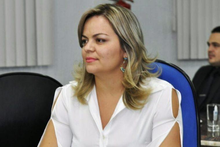 ENERGIA E ÁGUA – Vereadora Ada Dantas tem Projeto de Lei aprovado que proíbe taxa de religação