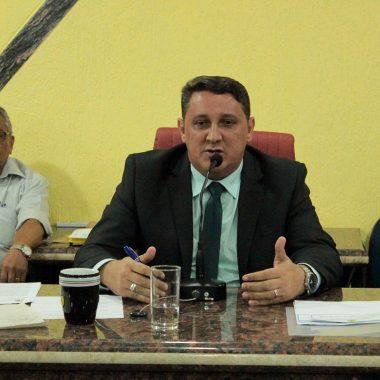 Junior Cavalcante apoia moção de aplausos a equipe de basquete do Colégio Dom Bosco