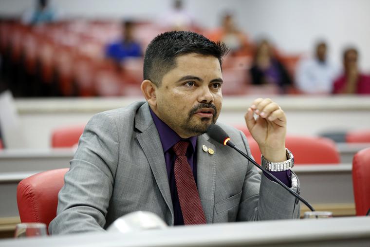Projeto de Lei do deputado Jesuíno é aprovado e isenta taxa da Caerd e Eletrobras