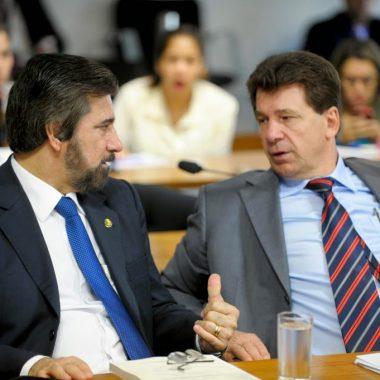 LAVA JATO – Amedrontados com a cadeia, Cassol e Raupp votam a favor de Aécio