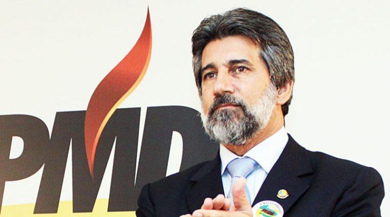 NO SENADO – Renan Calheiros chama Janot de mentiroso e defende Raupp