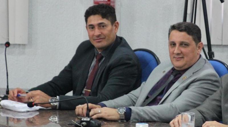 Júnior Cavalcante votou favorável a projeto que implanta mapa de localização nas paradas de ônibus