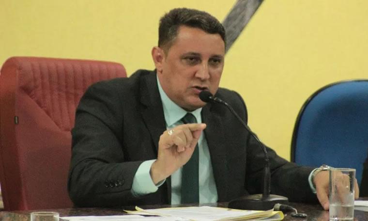 Júnior Cavalcante votou favorável a Lei que beneficia Hospital de Emergência