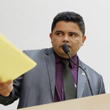 TRABALHO – Deputado Jesuíno Boabaid destinou R$ 150 mil para 5º Batalhão da PM