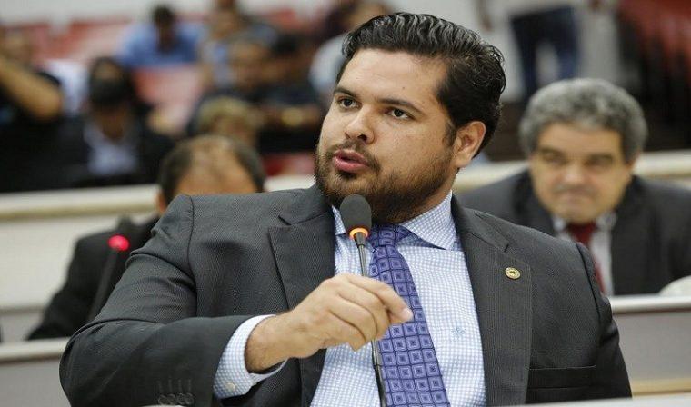ALAGAÇÃO – Com quase 2,5 mil votos na capital, Jean Oliveira deve votar contra MPF e a favor da usina