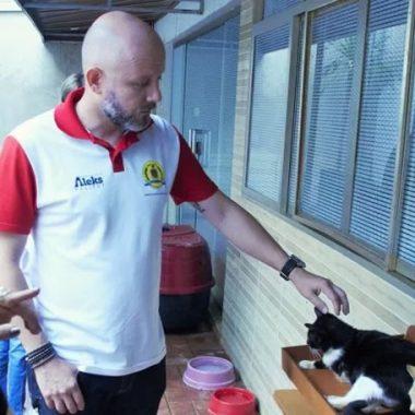 ABRIGO: Aleks Palitot busca parcerias em prol de animais de rua