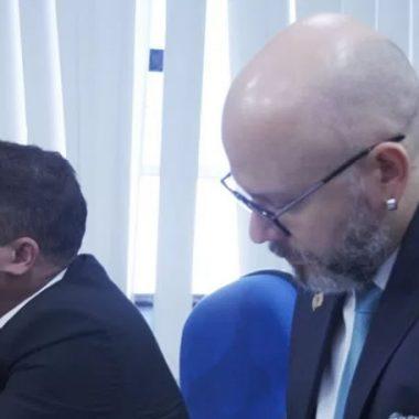 CÂMARA MUNICIPAL: Professor Aleks Palitot participa de primeira sessão de 2018