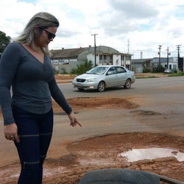 COMPROMISSO – DNIT garante à vereadora Ada Dantas que buracos na BR-364 serão tampados pelo 5º BEC