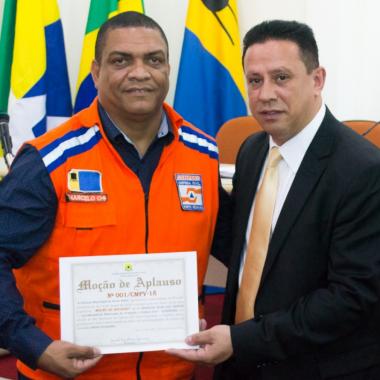 Vereador Edesio Fernandes promove moção de aplausos a Defesa Civil