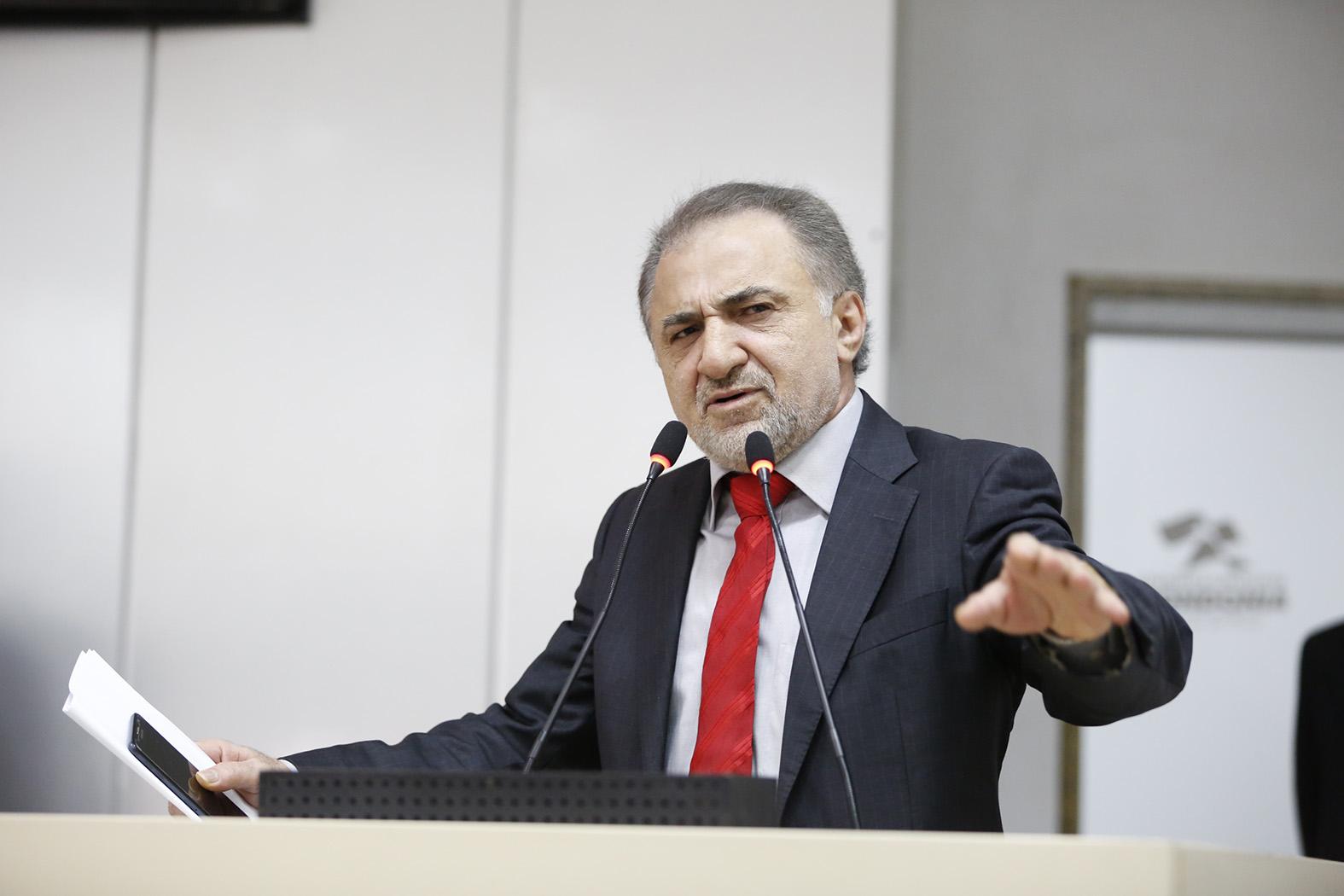 Ações contra deputado Hermínio Coelho são 'cortina de fumaça' sobre denúncias e escândalos expostos