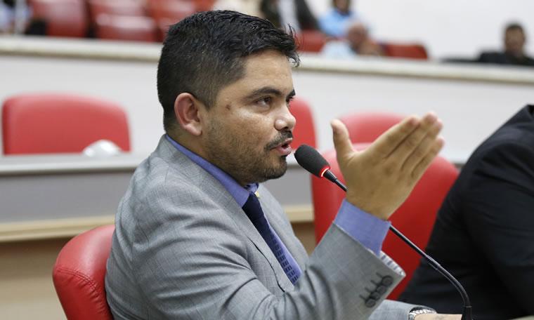 Jesuíno Boabaid requer informações de recurso destinado à CMR e crédito em favor da Jucer