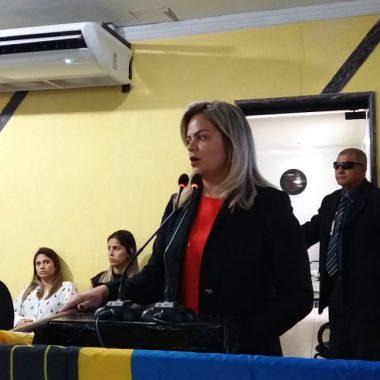 TRANSPORTE ESCOLAR – Vereadora Ada Dantas repudia desrespeito da prefeitura durante Audiência Pública