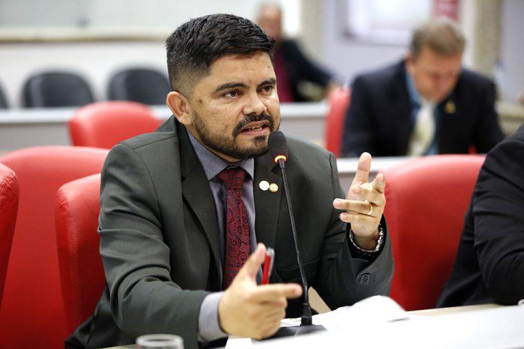 SARGENTO E CABO – Deputado Jesuíno destina quase R$ 1 milhão em emendas e garante cursos da PM-RO