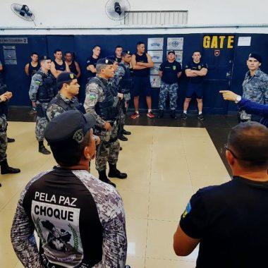 COE – A convite do novo comandante, deputado Jesuíno visita batalhão e discute assunto de interesse da classe