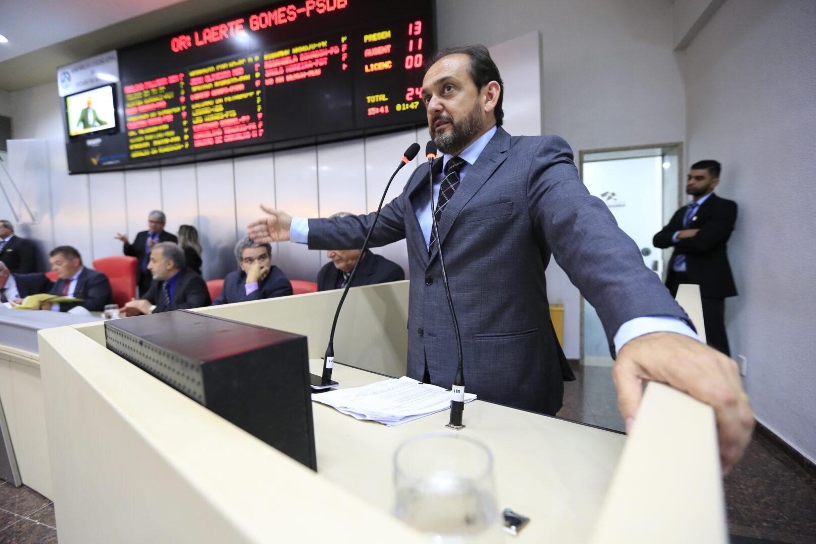 Deputado Laerte Gomes defende parcelamento de multas e débitos de trânsito no cartão de crédito