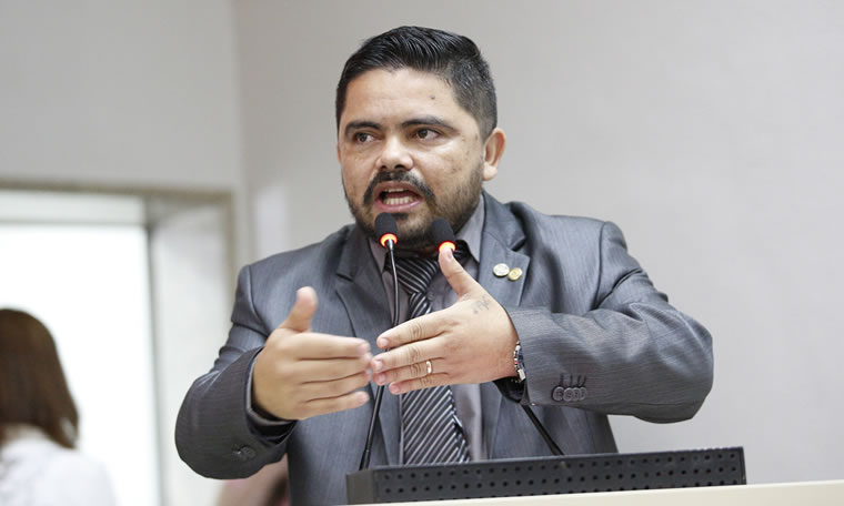 Jesuíno Boabaid requer informações de créditos de mais de R$ 27 milhões