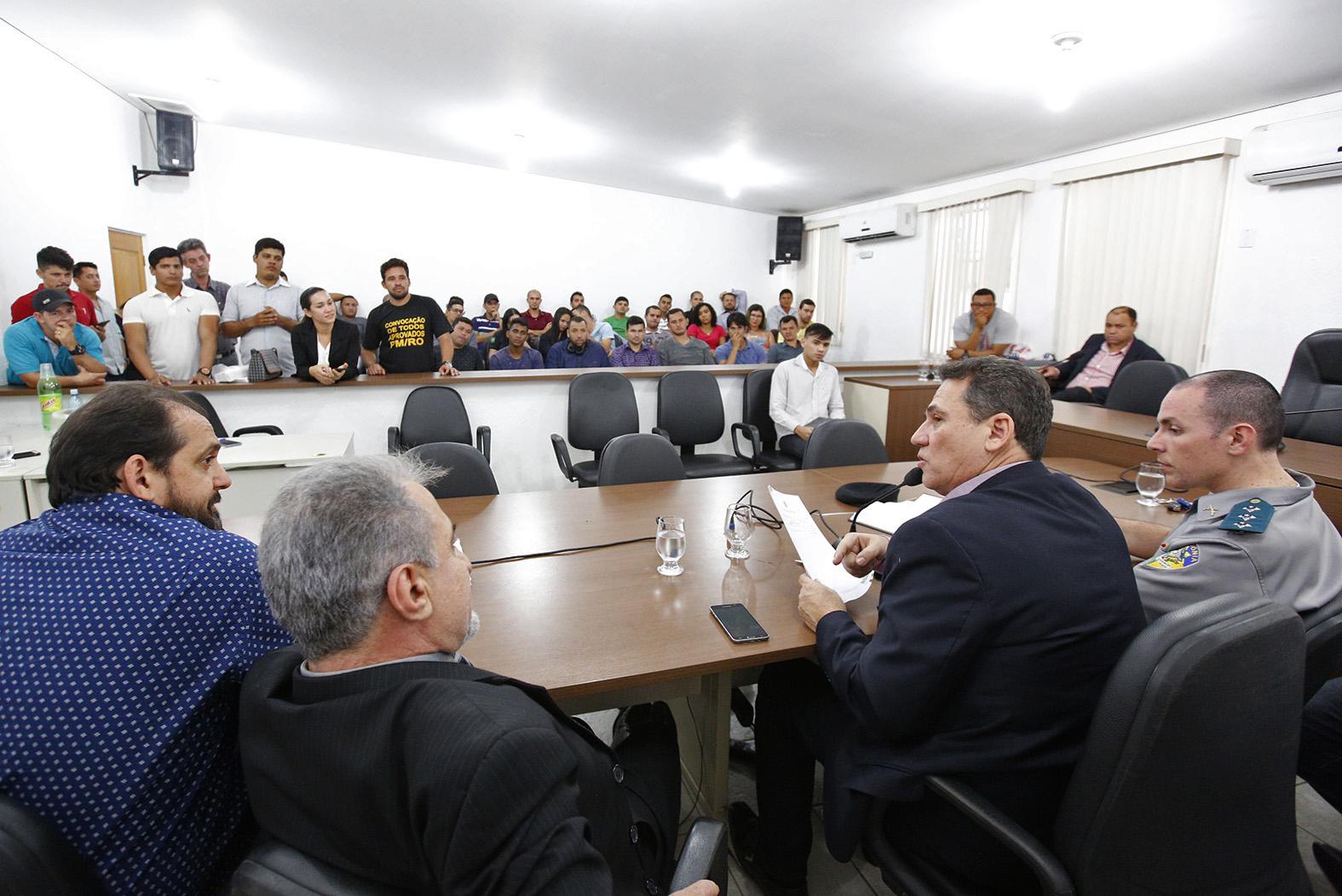 Assembleia destinará mais R$ 1,2 milhão para curso de formação de remanescentes de concursoAssembleia destinará mais R$ 1,2 milhão para curso de formação de remanescentes de concurso