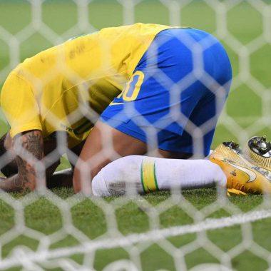 Após eliminação, seleção brasileira se prepara para deixar a Rússia