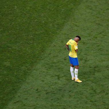 'Difícil encontrar forças para voltar a jogar futebol', diz Neymar
