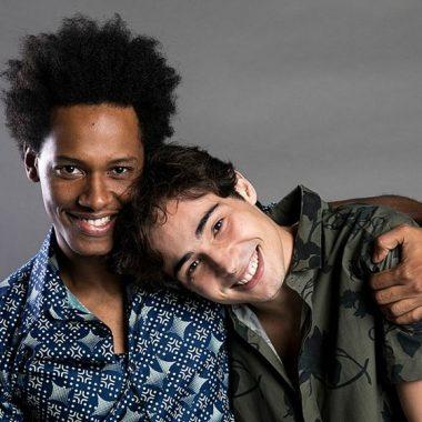 Fora da telinha: atores de Segundo Sol revelam que moram juntos