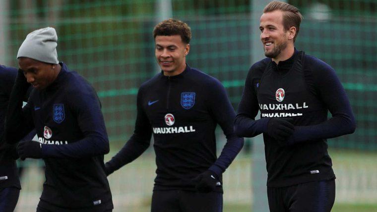 Inglaterra e Colômbia em campo: confira os jogos desta terça