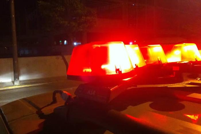 Mulher é estuprada por motociclista próximo a condomínio na capital